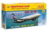 Подарунковий набір зі збірною моделлю літака Boeing 767-300 (Zvezda 7005) 1/144