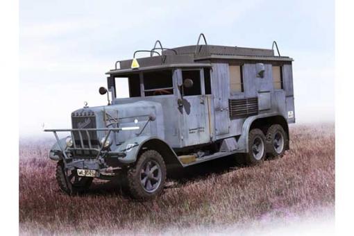 немецкий автомобиль радиосвязи Henschel 33 D1 Kfz.72 (ICM 35467) 1/35