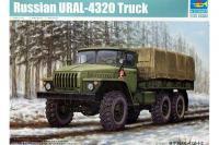 Сборная модель - УРАЛ-4320  Российский военный грузовик /  URAL-4320 Russian Truck (TRUMPETER 01012) 1/35
